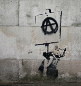 https://hibridacion.files.wordpress.com/2010/08/banksy-rat-crop.jpg?w=282