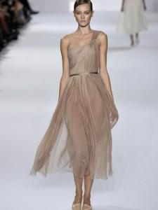 http://hibridacion.files.wordpress.com/2011/11/bailarina-verano-interior.jpg?w=225